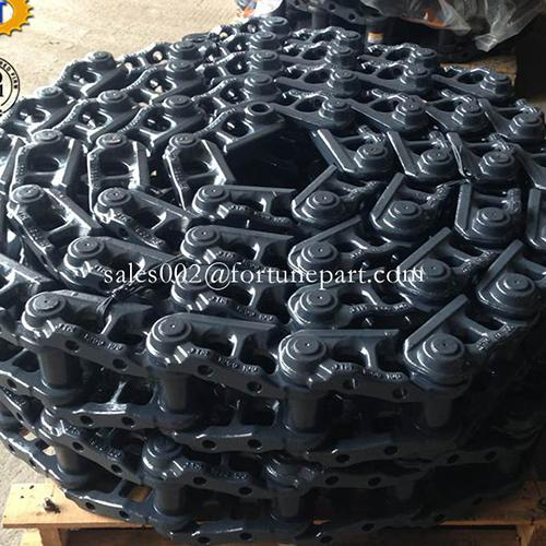 Hitachi excavator track links
